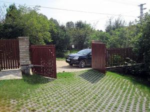 Фото  Входные ВОРОТА любых видов, двери, рольставни. Перегрузочное оборудование.