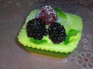 Фото Мыльные десерты Три ягоды