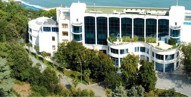 71-Ялта. Сдаётся Спа отель на берегу моря
