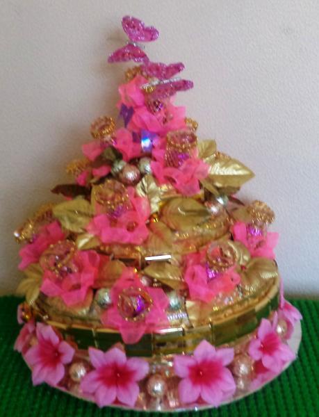 Торт подарочный из конфет «РОЗОВЫЙ»