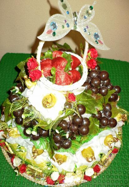 Торт подарочный из конфет «ИЗОБИЛИЕ»
