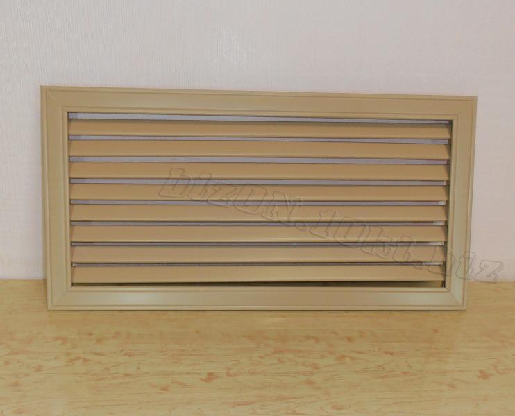 Решетка пластиковая   600 х 300 мм;   цвет - Дуб;   для радиаторов отопления и декора
