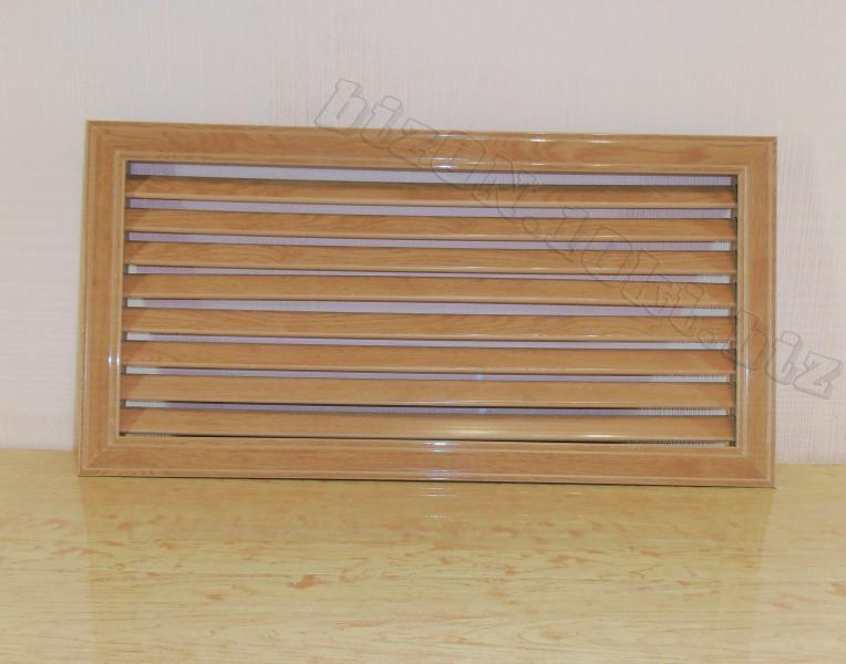 Решетка пластиковая   600 х 300 мм;   цвет - Дуб Старый;   для радиаторов отопления и декора