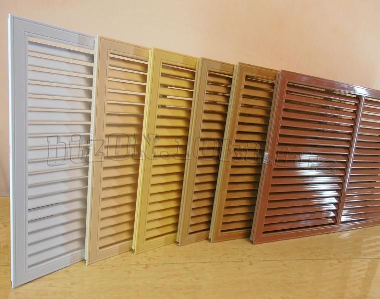 Фото Решетки ПВХ и Экраны ХДФ (МДФ) для радиаторов отопления и декора Решетка пластиковая   900 х 600 мм;   цвет - Белый;   для радиаторов отопления и декора