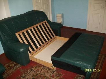 Комплект кожаной мягкой мебели расскладной (3+2+3) б/у Германия.