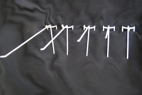 Крючок на сетку (одинарный, 5 см)