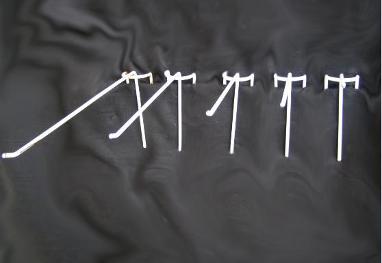 Крючок на сетку (одинарный, 15 см)