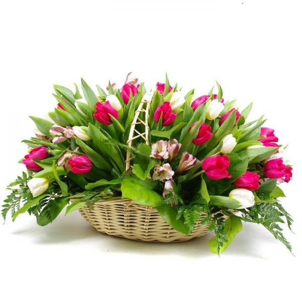 "Корзина ""Тюльпаны + Альстромерия"""