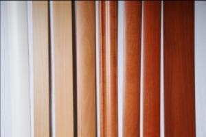 Фото Погонажные изделия Погонажные изделия облицованные пленкой ПВХ