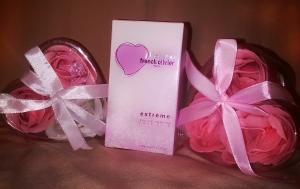Фото Наборы с парфюмерией Первая любовь