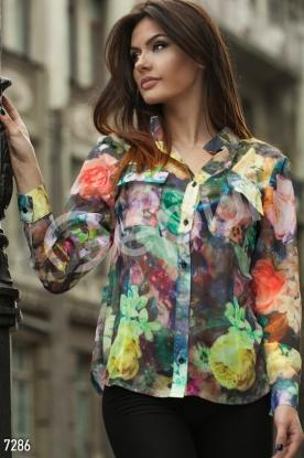 Блузка с цветочным принтом и карманами