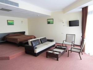 Фото Большая Алушта, Алушта, Отели в Алуште Отель в Алуште