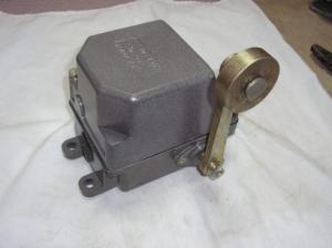 Фото  концевой выключатель ку 701,ку 703,ку 704,нв 701,ву 701, производитель