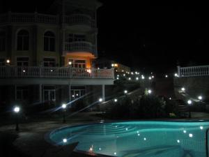 Фото Большая Алушта, Алушта, Аренда дома 001 - Снять дом в Алуште с видом на море