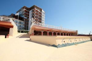 Фото Большая  Ялта, Ялта, Квартиры 03- Сдаётся квартира в Ялте с видом на море.  №- 10