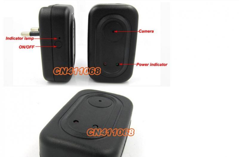 Шпионская мини видеокамера в зарядном