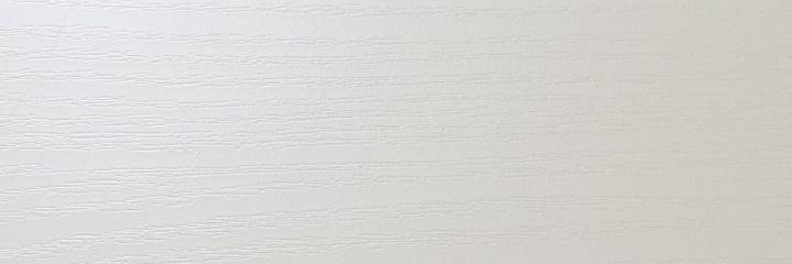 Продам пленку ПВХ Белый перламутр  0.3 для МДФ фасадов и накладок. Подробнее на сайте: www.kromka-pvh.com