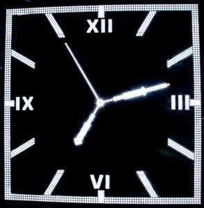 Фото Рекламно-информационные системы Часы для улицы электронные стрелочные