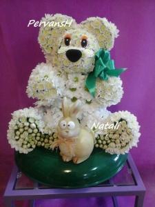 Фото Игрушки из цветов Мишка