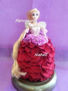 Фото Игрушки из цветов Кукла