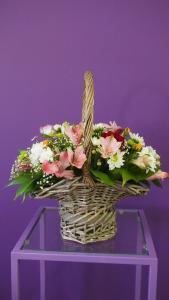 Фото Корзины из цветов и цветочные композиции Композиция №6