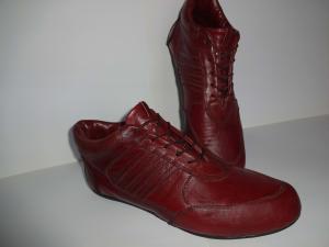 Фото женская обувь, кроссовки кроссовки