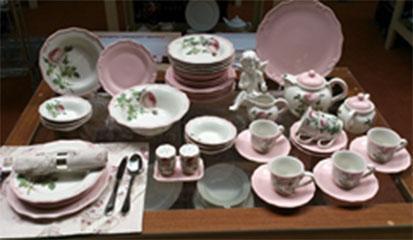 Сервиз столово-чайный Tiffany 44 предметов / 6 персон, розовый, керамика