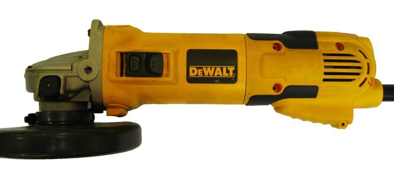 Угловая шлифмашина DeWalt D28136