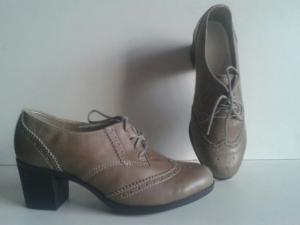 Фото женская обувь, туфли туфли на каблуку