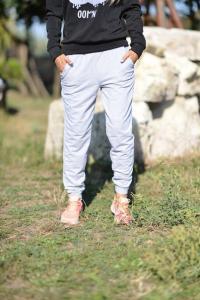 Фото Брюки, лосины Спортивные брюки серые