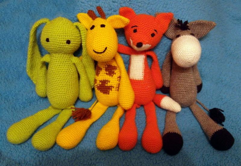 Набор вязаных игрушек - звери 4 шт.