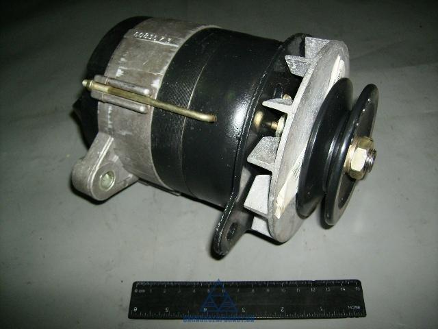 Генератор Г464.3701 МТЗ 80,82, Т-150КС (СМД 14А, 17,21) 14В 0,7 кВт (пр-во JOBs, Юбана)