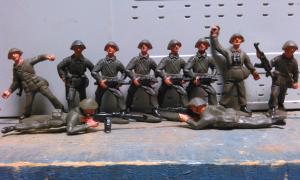Фото антиквар, Игрушки Солдатики ГДР