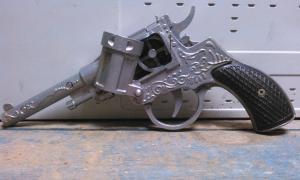 Фото антиквар, Игрушки Револьвер Наган