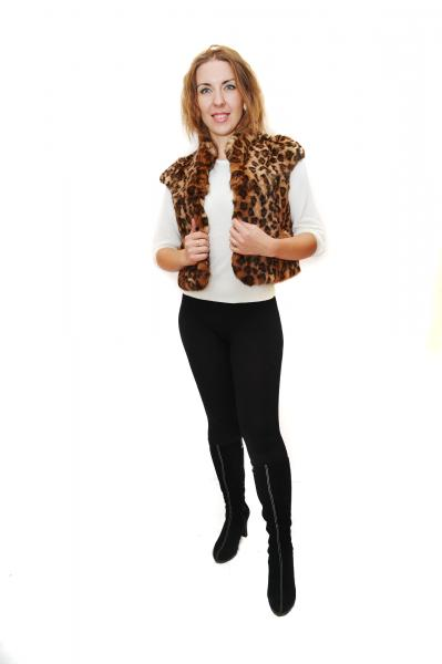 Жилетка из кролика накатка леопард