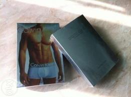Фото Упаковка Коробка серебристая Calvin Klein