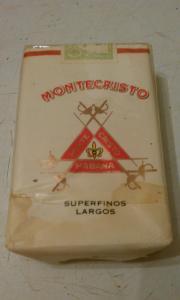 Фото антиквар, Фумофилия Пачка от сигарет Montecristo
