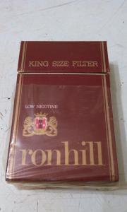 Фото антиквар, Фумофилия Пачка от сигарет ronhill