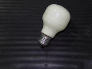 Фото лампочки накаливания лампа накаливания голубая 60W  Е 27