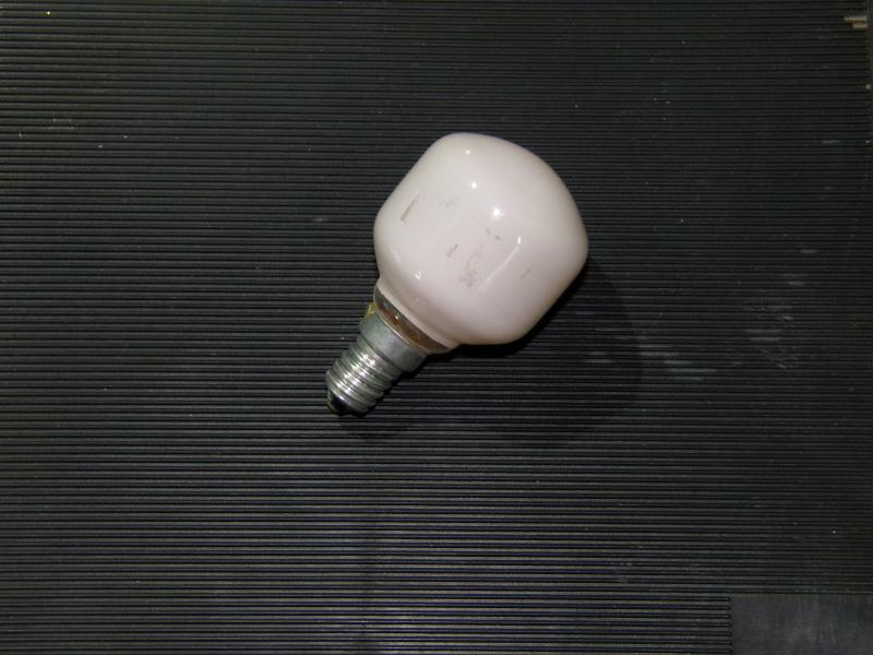 лампа накаливания розовая 40W  Е 14