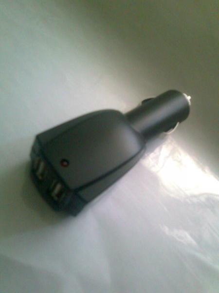 Авто-USB адаптор