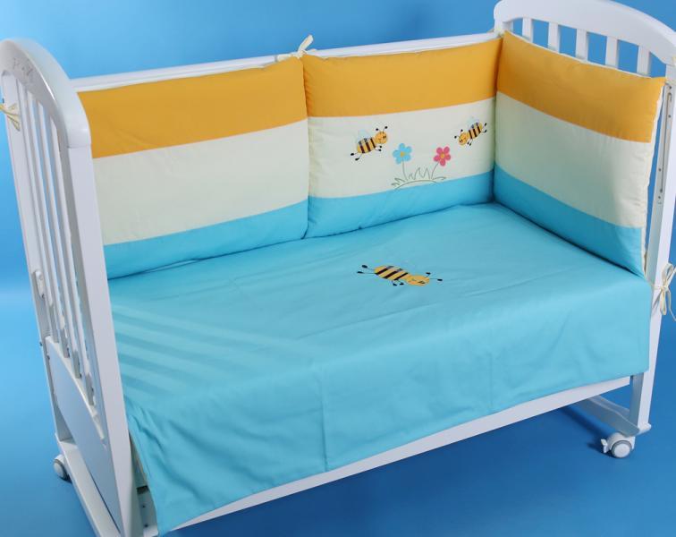 """Защита в детскую кроватку """"Пчелки на бирюзовом"""" 300см + КПБ"""