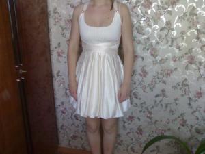 Фото ОДЕЖДА/ОБУВЬ, ЖЕНСКАЯ Платье на выпускной вечер.