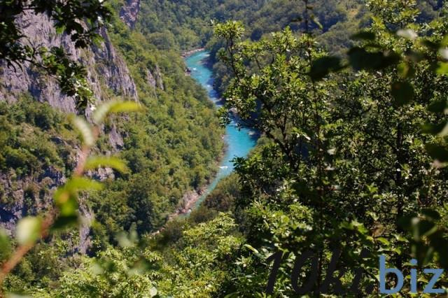 Участок живописный в Черногории