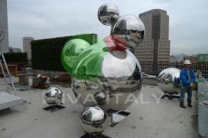 Фото  Фонтанные шары