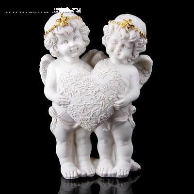 """Сувенир """"Два ангелочка в золотом ободке с цветочным сердцем"""" 161792"""