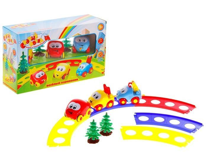 """Железная дорога """"Веселый паровозик"""", 3 машинки, 2 дерева, длина пути 522 мм, со светом и звуком, работает от батареек 504353"""
