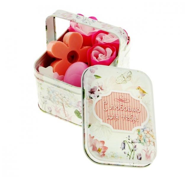 """Набор мыльные лепестки 3 шт. + мыло-сердце розовое + мыло-цветочек + конфетти в корзиночке большой """"С любовью для тебя"""" 870971"""
