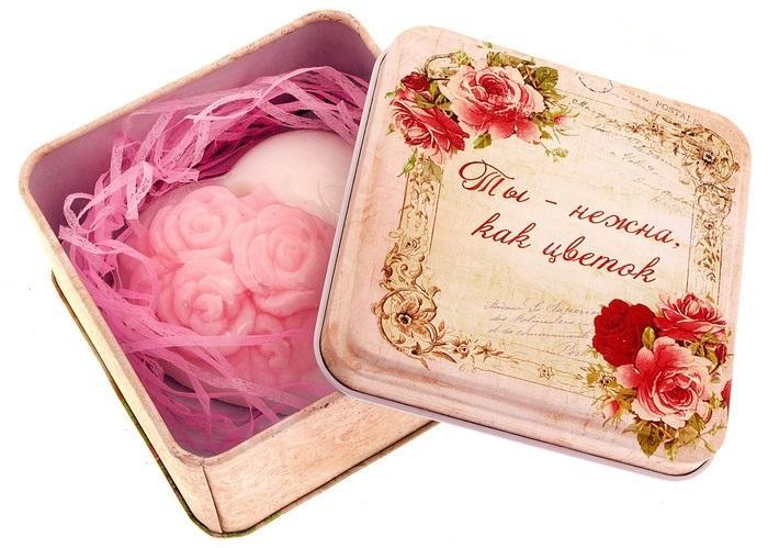 """Набор мыло сердце с розочками и серпантин в шкатулке """"Ты нежна как цветок"""" 571080"""