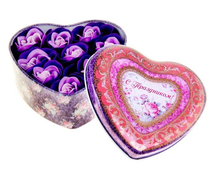 """Набор мыльных лепестков в шкатулке-сердце """"С праздником"""": 9 бутонов 320864"""